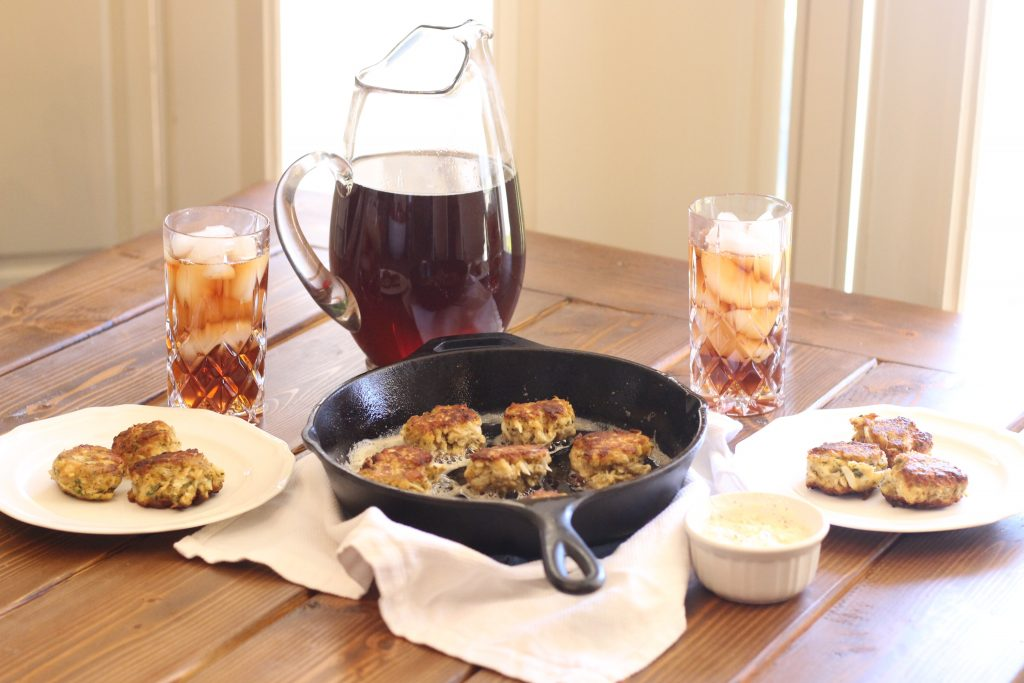 Crab Cake Appetizers and Sweet Tea